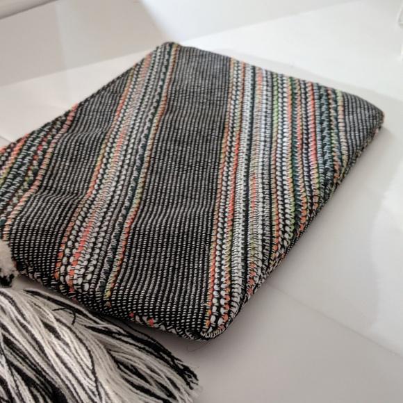 Express Handbags - Express Clutch Bag